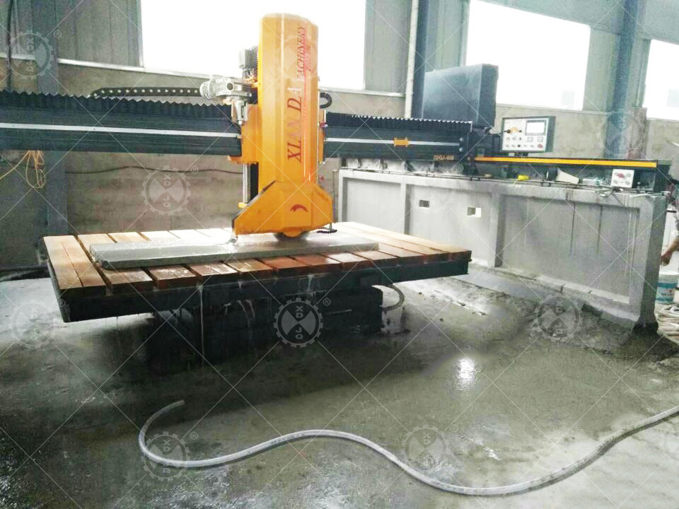 China CNC Big Single Diamond Bridge Saw Granite and Marble Wire Saw ...