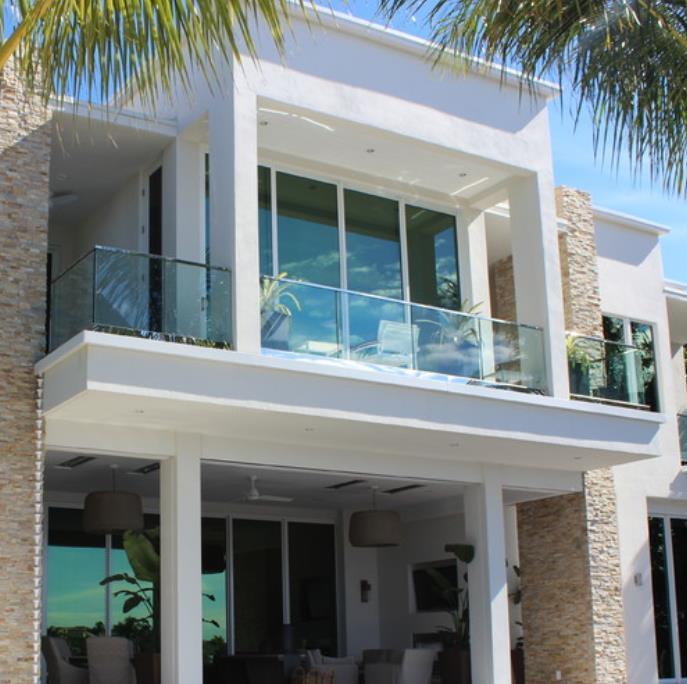China Outdoor Aluminum Glass Balustrade U Channel Railing Balcony