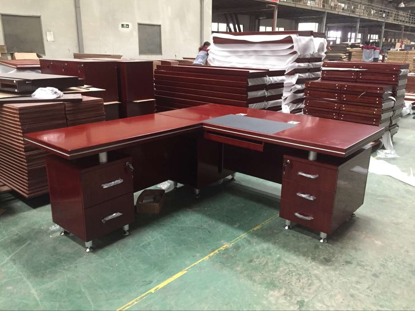 [Hot Item] Casegoods American Modern Corner Desk Home Office Desk Unit for  USA