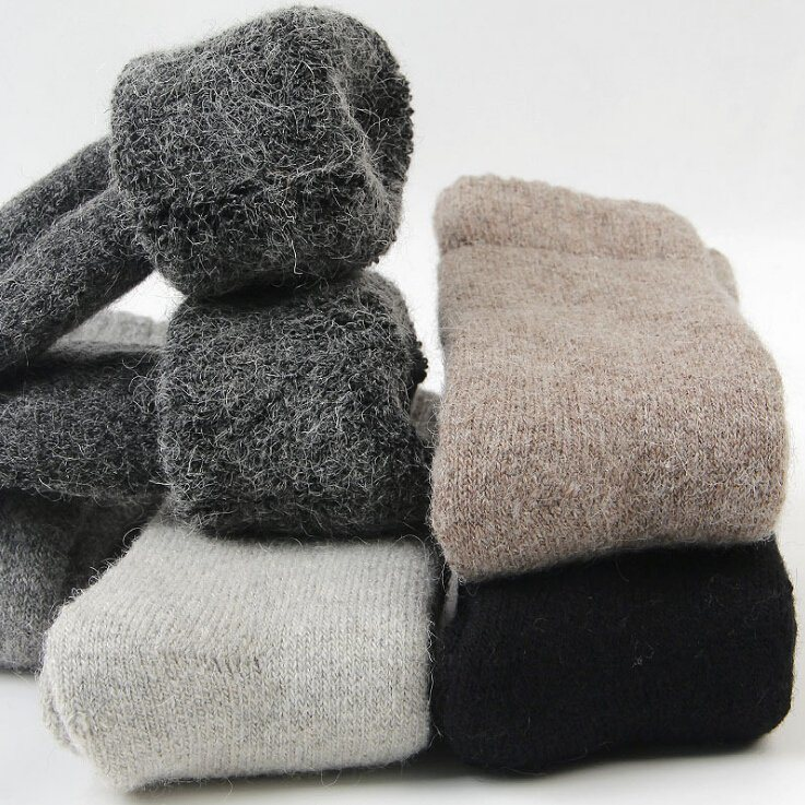 b17249e38c689 China High Quality Warm Floor Woolen Socks Thick Soft Socks Photos ...