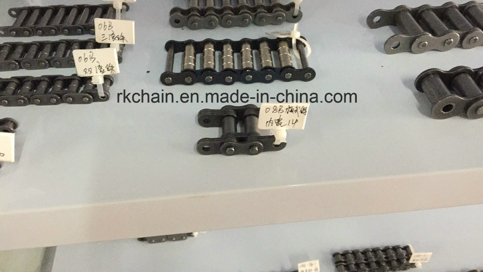 [Hot Item] Double Roller Conveyor Chain with Roller 06b