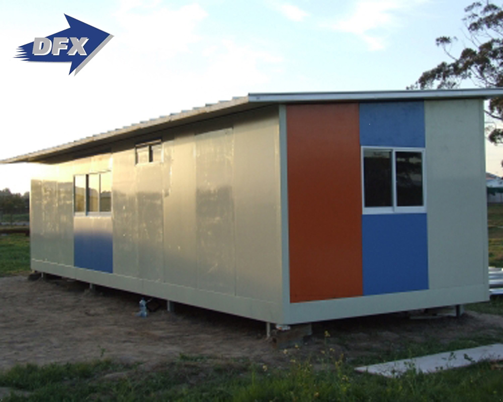 Superior quality china prefabricated steel frame portable summer camp houses china prefabricated house worker′s camp