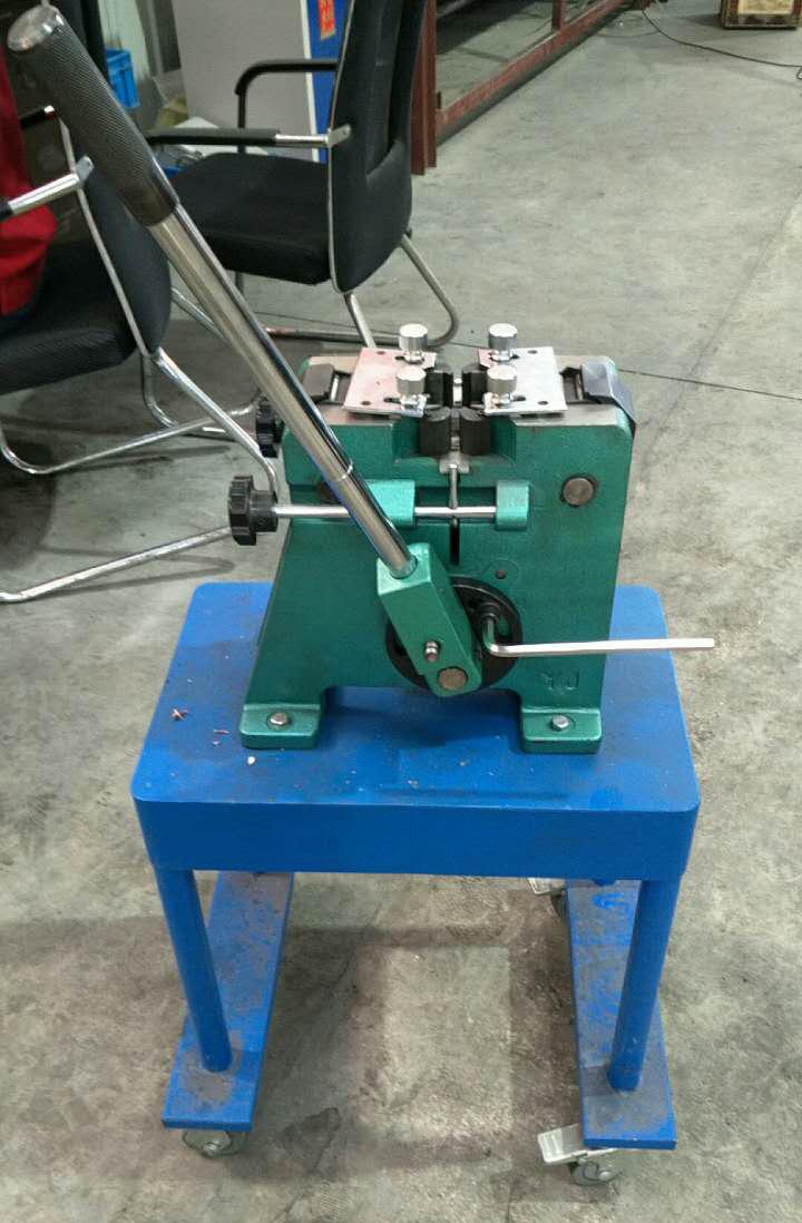 China Cold Welding Machine  Desktop Type