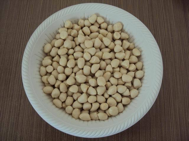 New Crop Good Quality Blanched Peanut Kernels pictures & photos