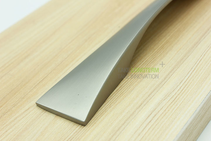 Brush Satin Nickel Zinc Alloy Cabinet Handle Drawer Pull pictures & photos