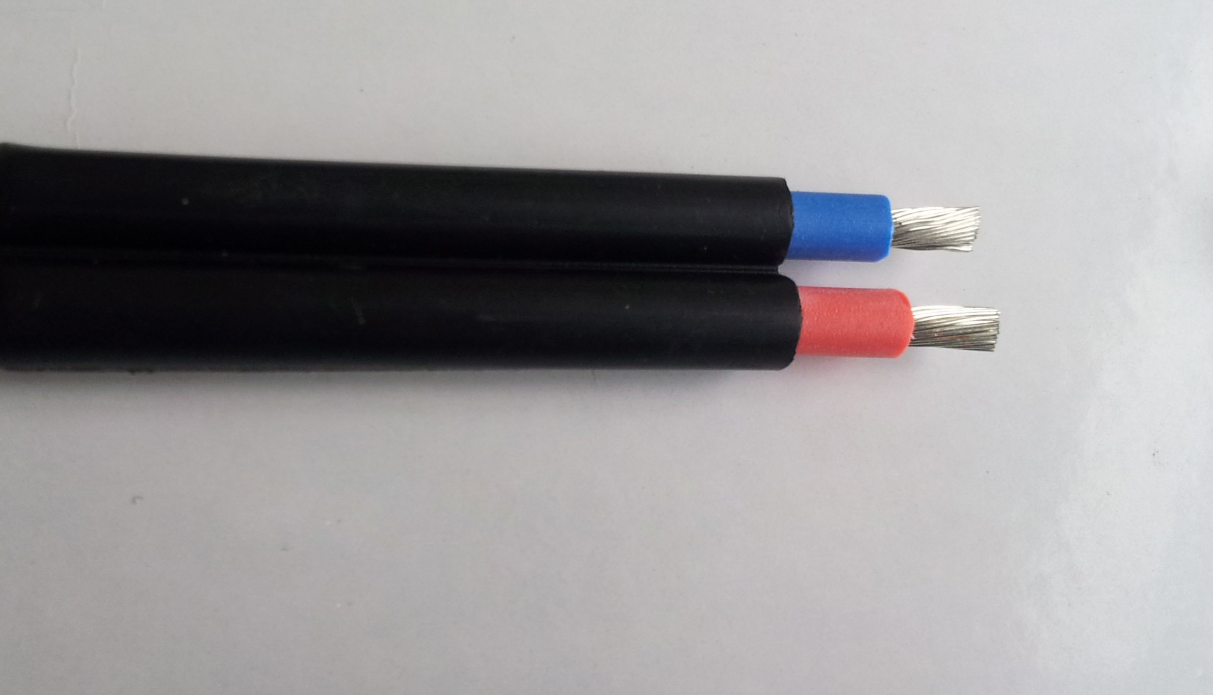 China Solar Panel Cable with Diameter of 4 Square Mm - China ...