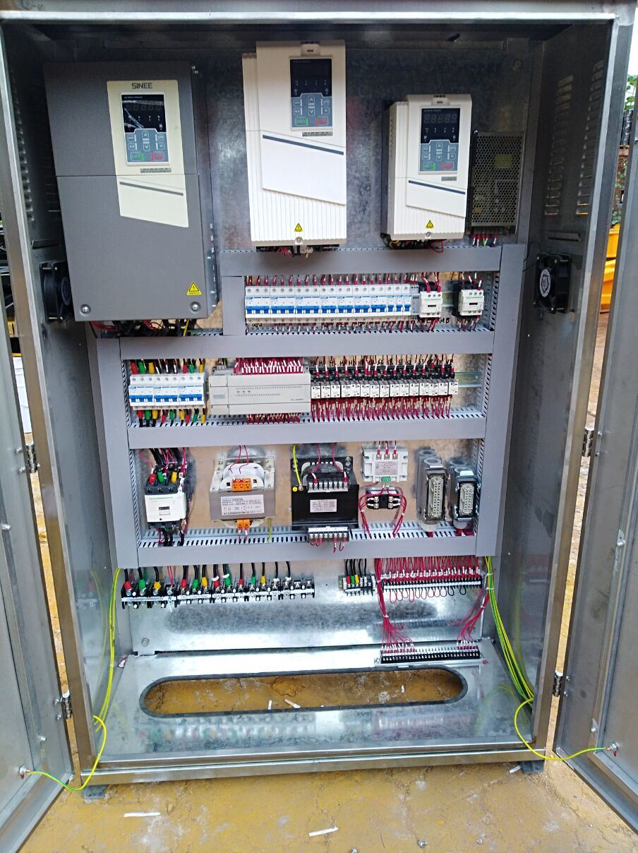 China Tower Crane Electrical Control Panel Box Panels Unit