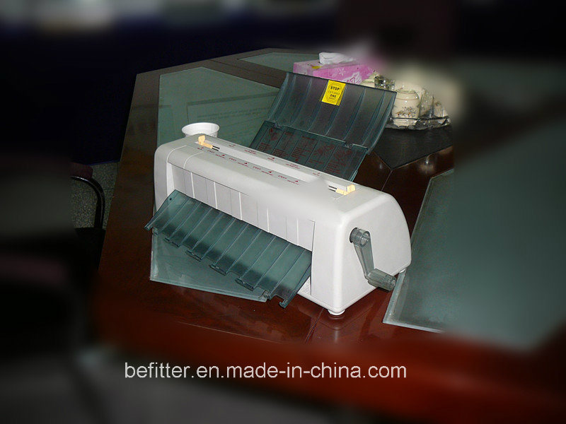 China QS4 Manual Business Card Cutter Machine Photos & Pictures ...