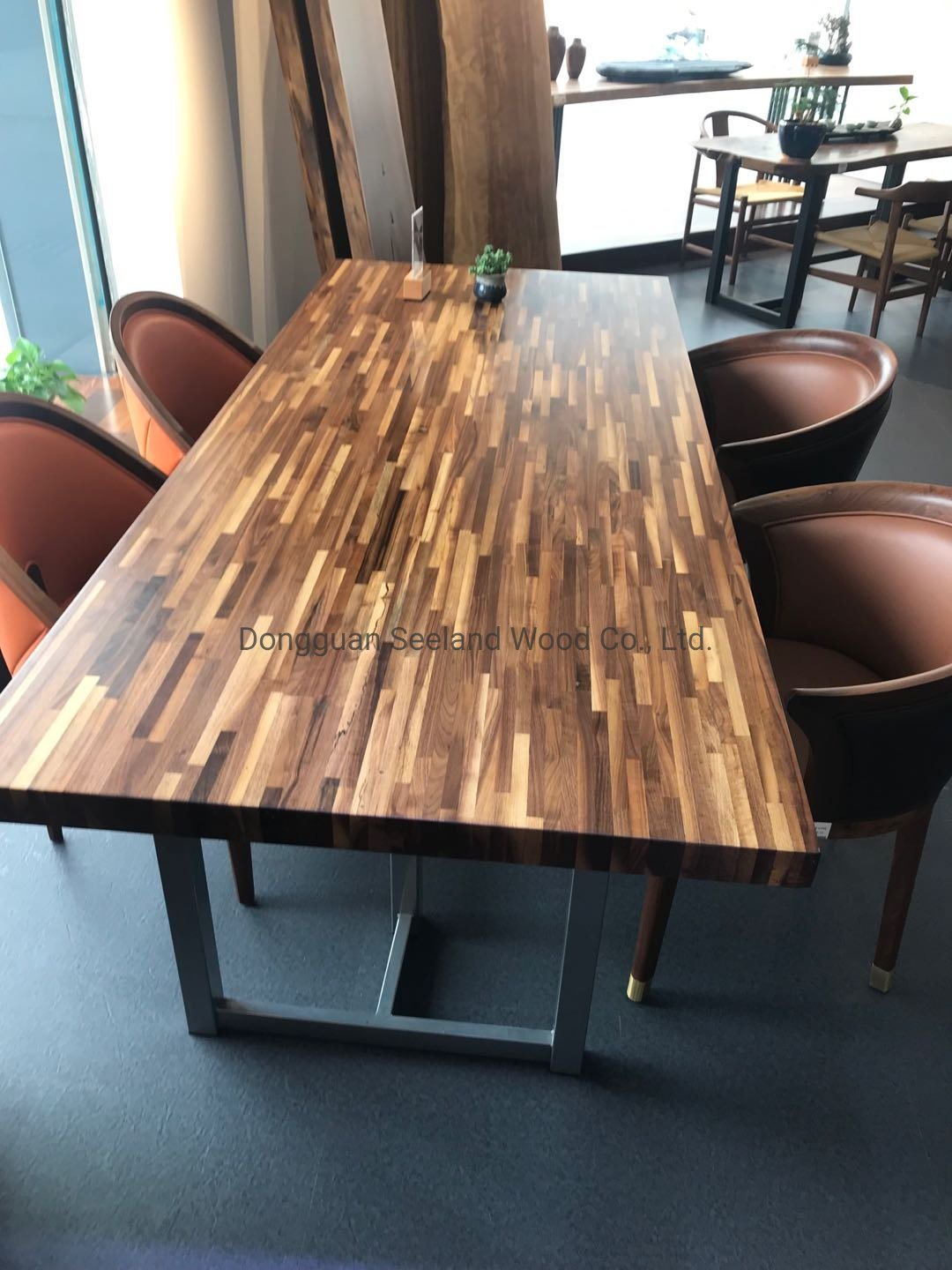 China Walnut Butcher Block Countertop Console Table Dining Table With Live Edge China Epoxy River Table Solid Wood Kitchen Tables