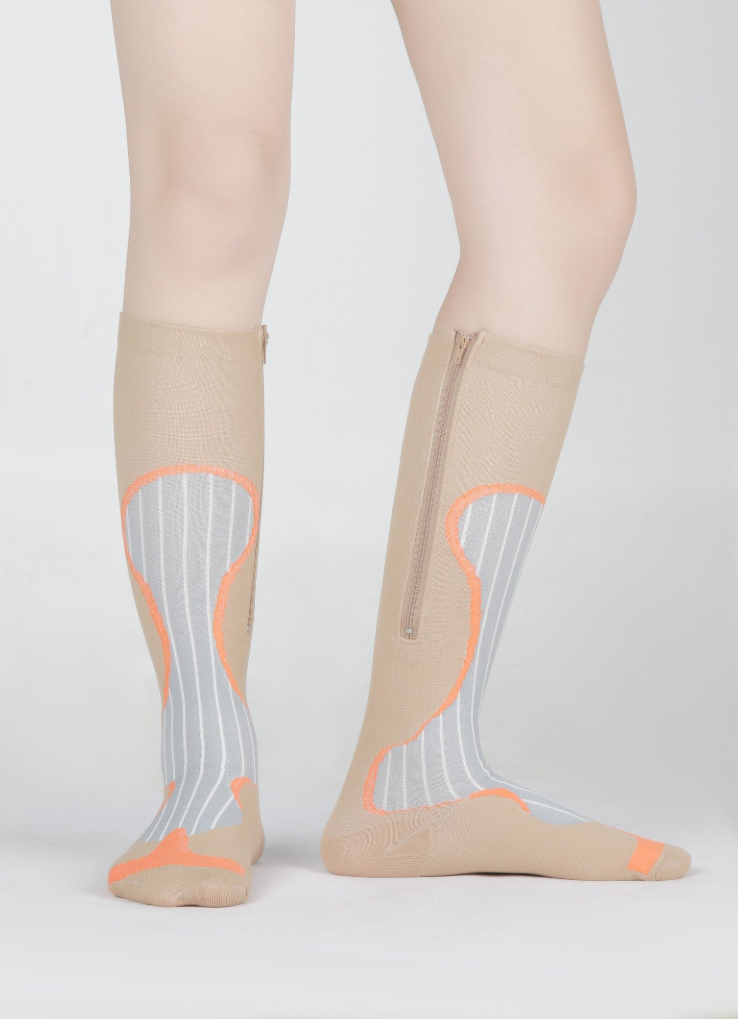 152c9a634a China Manufacturer Knee High Athletic Sport Graduated Compression Socks for Varicose  Veins - China Compression Socks, Sport Socks