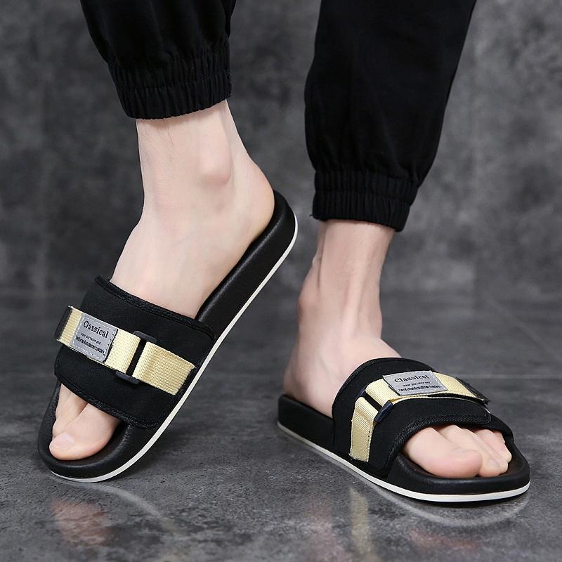 China Wholesale Men Fashion Slippers