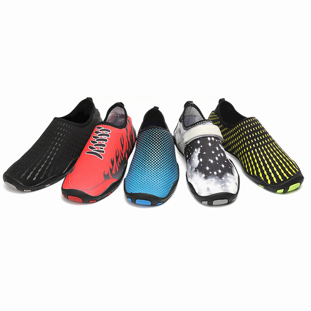 a3f903a28abcb China Water Shoes Mens Womens Beach Swim Shoes Quick-Dry Aqua Socks Pool  Shoes for Surf Yoga - China Quick Dry Shoes