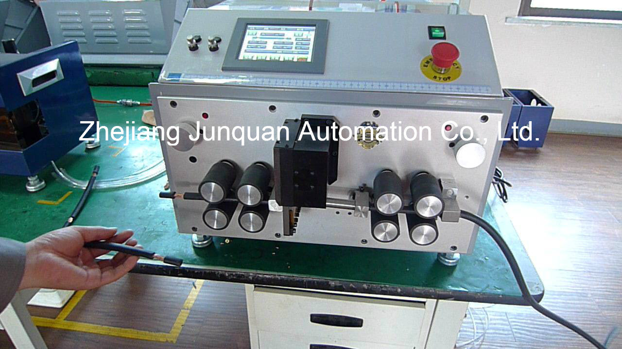 Automatic Computerized Wire Cutting and Stripping Machine (ZDBX-15)
