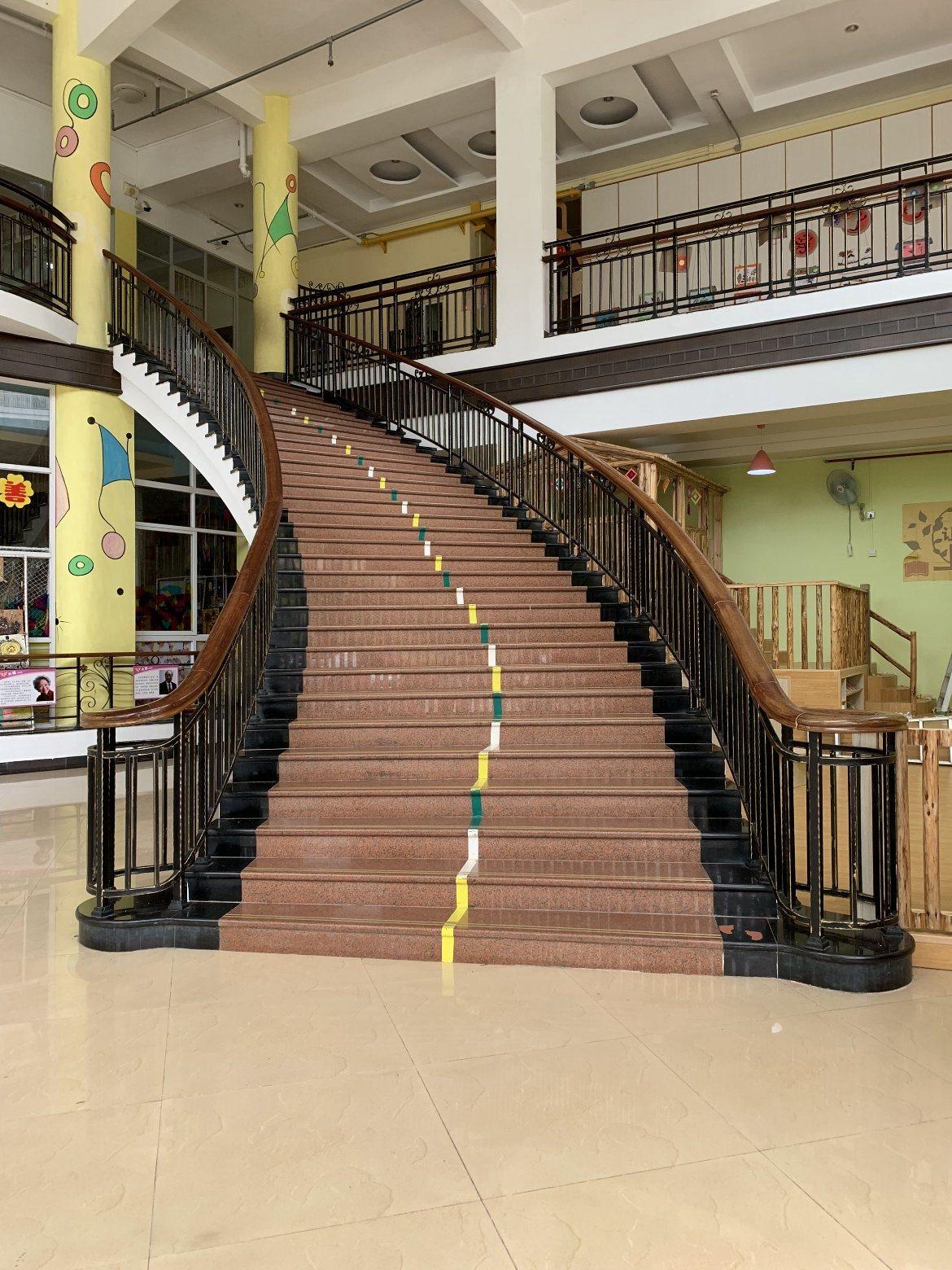 China Customized Luxury Indoor Wrought Iron Stair Railing Design Interior Stair Railings China Stair Railing Stair Handrail