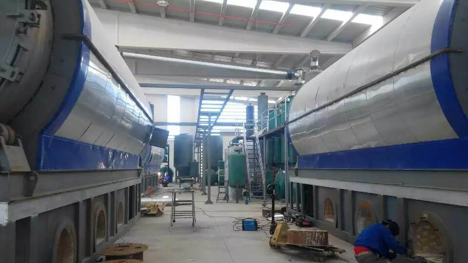 Waste Tyre to Oil Recycling Pyrolysis Plant From 10ton to 60ton