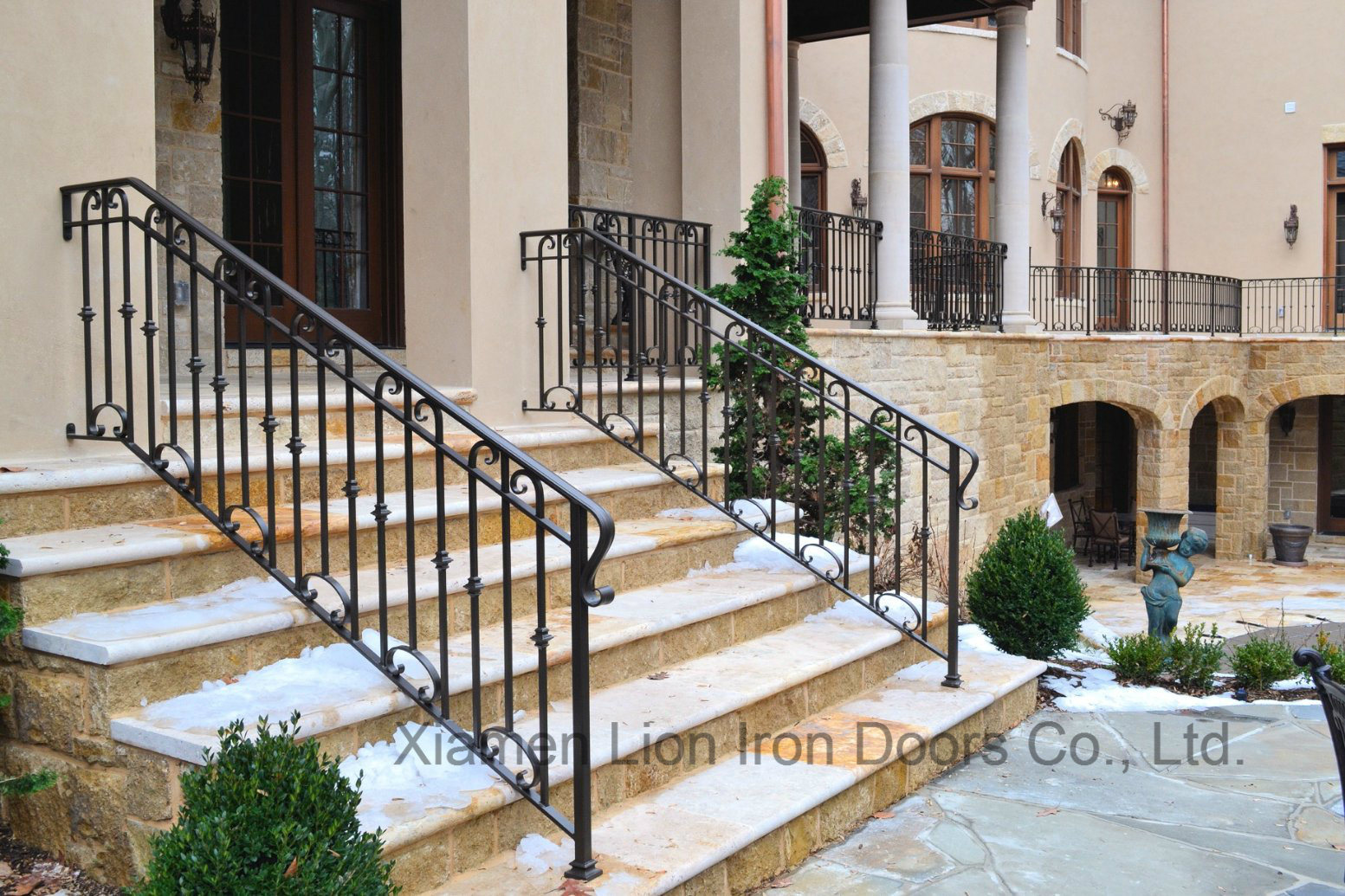 China Outdoor Black Metal Stair Railing Wrought Iron Handrail China Steel Railings Security Railing