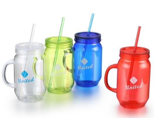 China 24oz Drinking Plastic Mason Jar Mugs With Lid And Straw