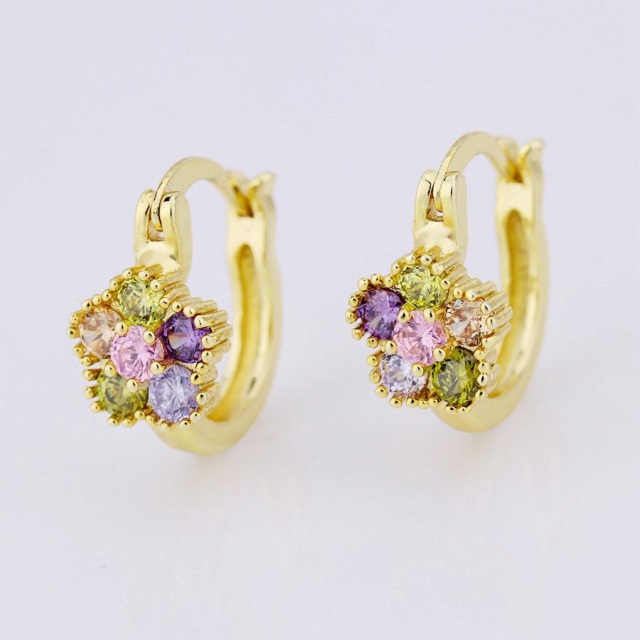 China Factory Price Lastet 14k Gold Earrings Designs For Women Huggie Earring Stud