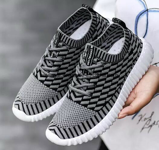 New Women Men Flyknit Sneakers Tennis Shoes Casual Athletic Runing walking Shoes