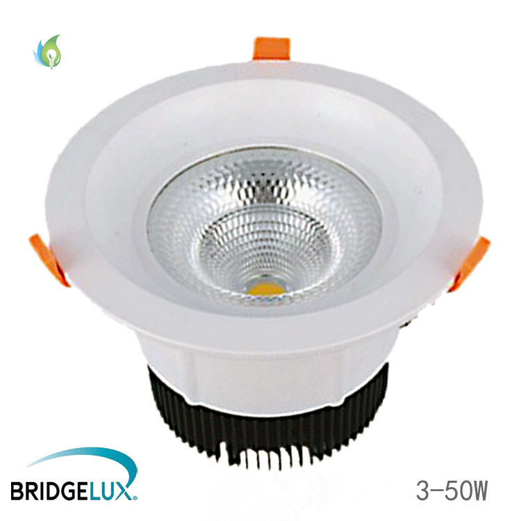 White Painting PF>0.92 Bridgelux Chip 90-100lm/W 5inch 30 Watt COB LED Down Light pictures & photos