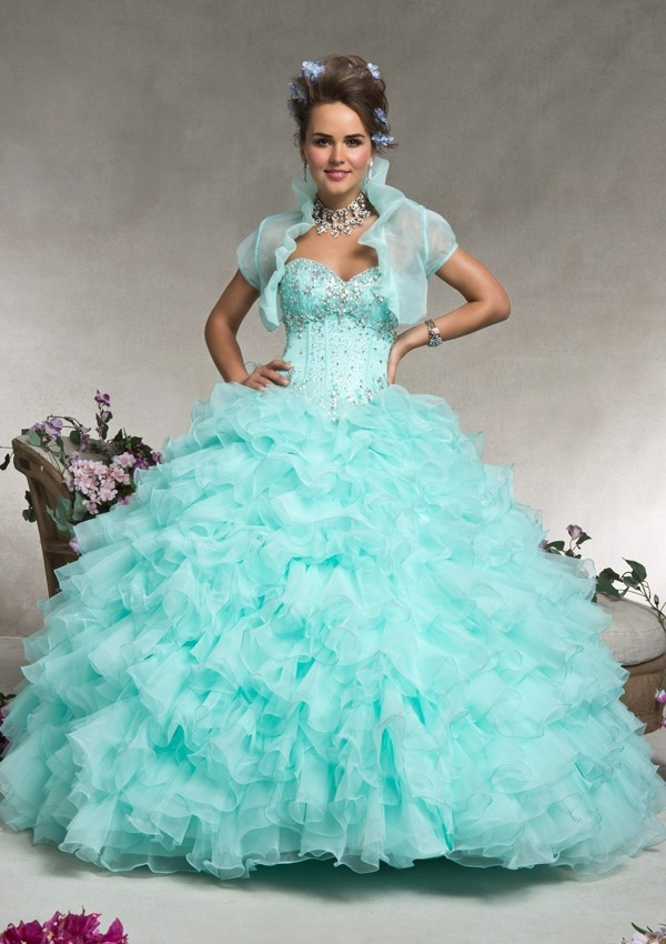 China 2016 Latest New Fashion Ball Gowns, Quinceanera Dresses (QG004 ...
