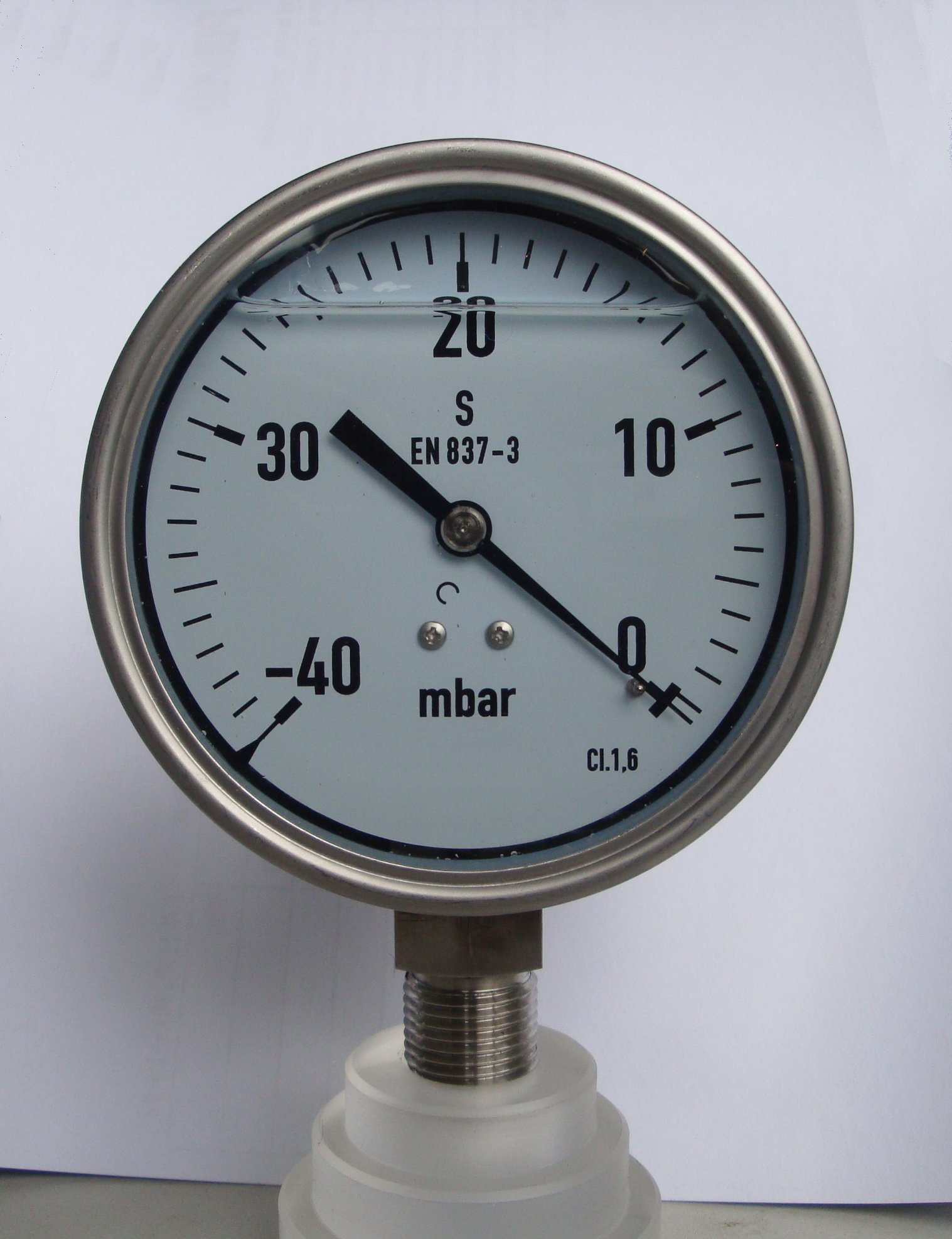 China Dial Size 4inch 100mm 100 Mbar Low Pressure Gauge