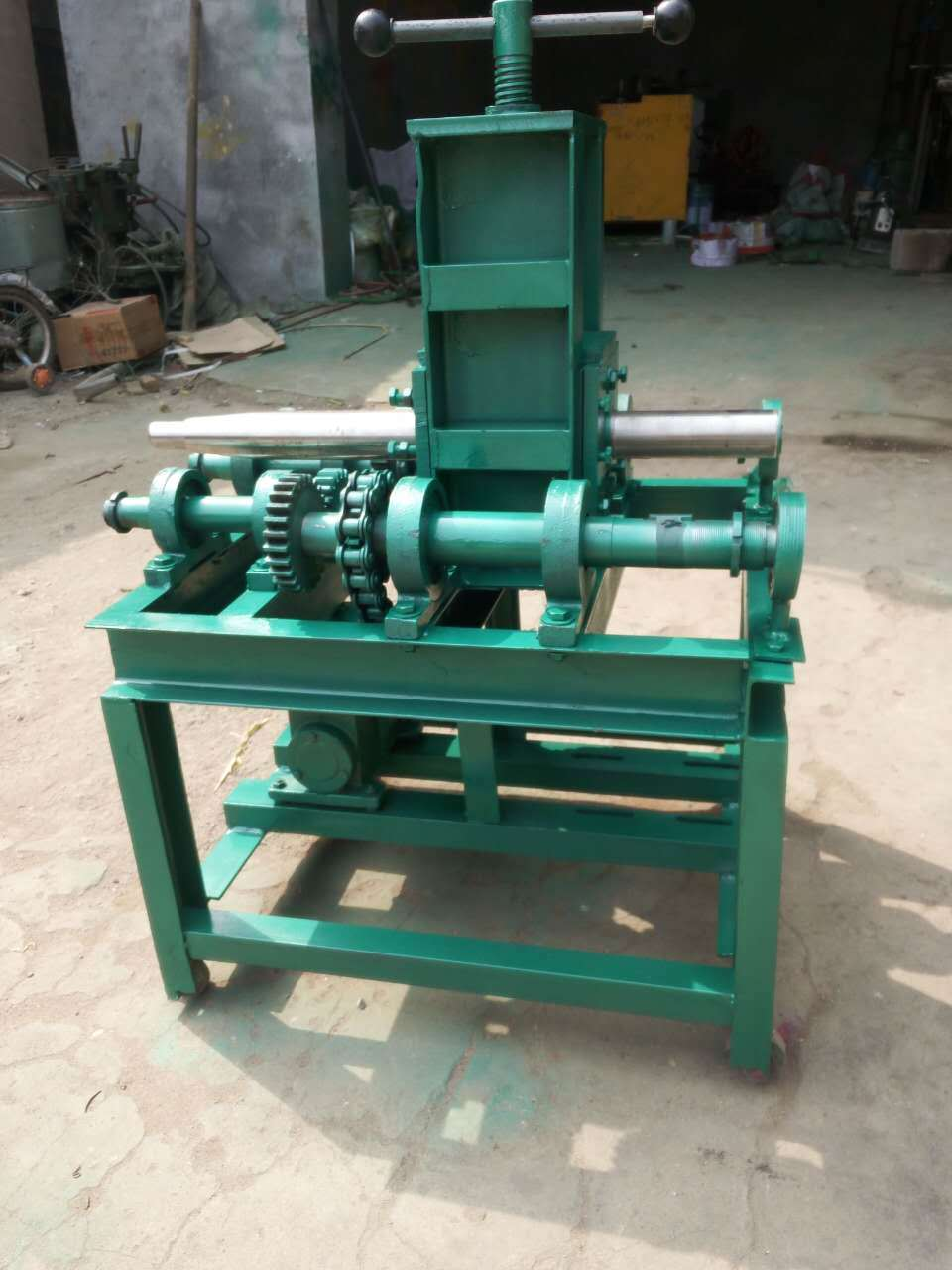 Multifuction Pipe Bending Machine for Greenhouse/Crimping Machine pictures & photos