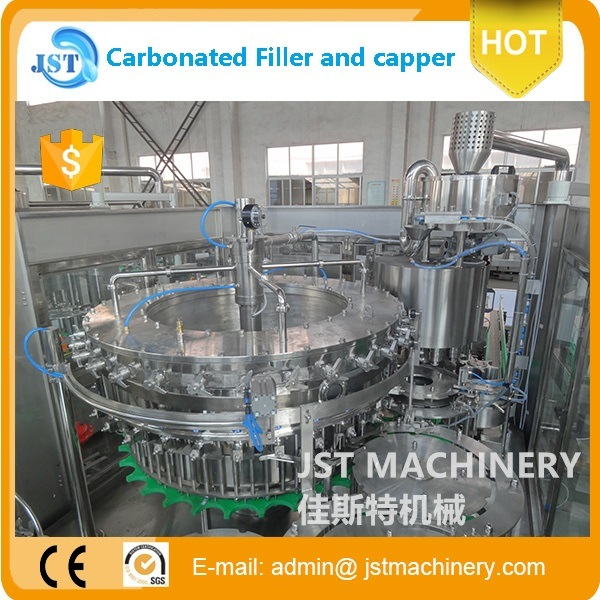 Made in China Gas Drink Carbonated Filling Machines pictures & photos