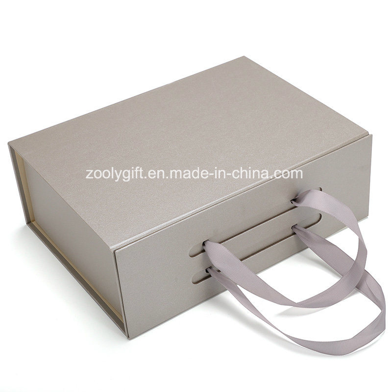 China Foldable Magnetic Closure Cardboard Paper Gift Box With