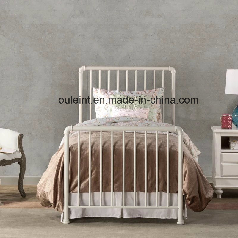 China Antique Metal Single Bed Bedroom
