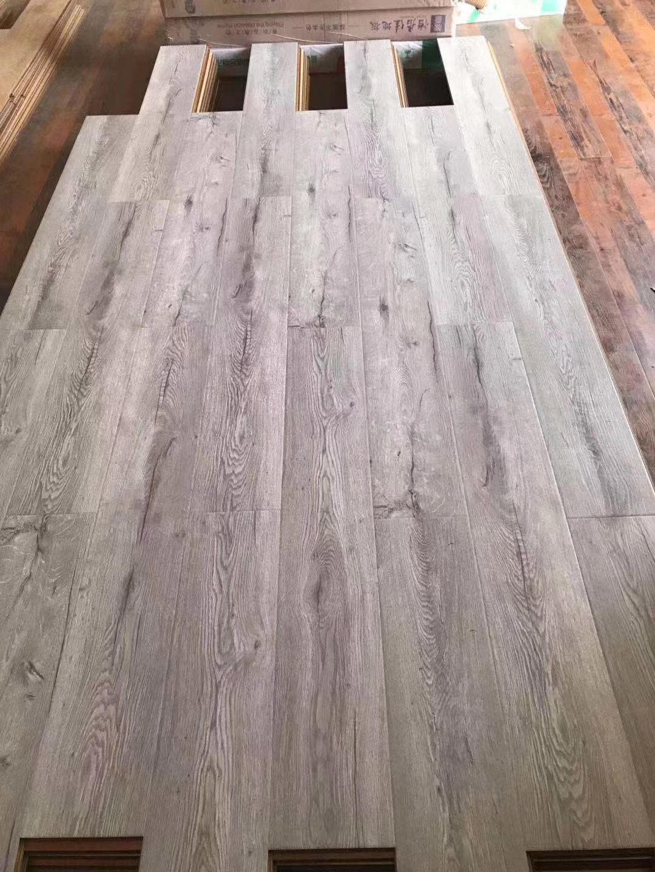 China Wood Floor German Technology 8mm, Reclaimed Barnwood 8mm Laminate Flooring