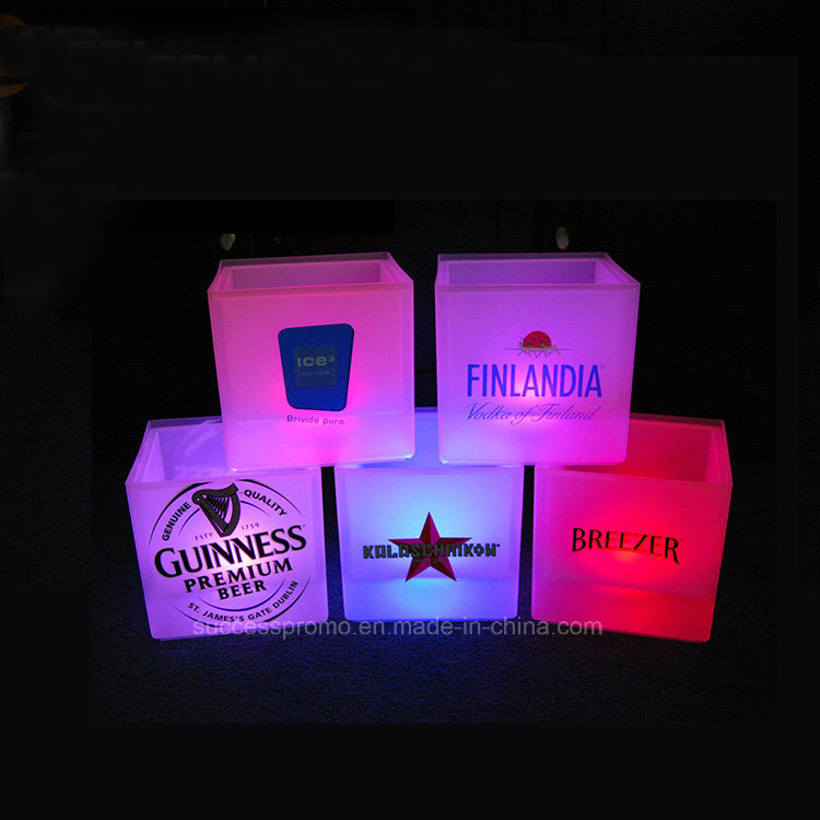 Wholesale 3.5L Plastic LED Ice Bucket with Customized Logo