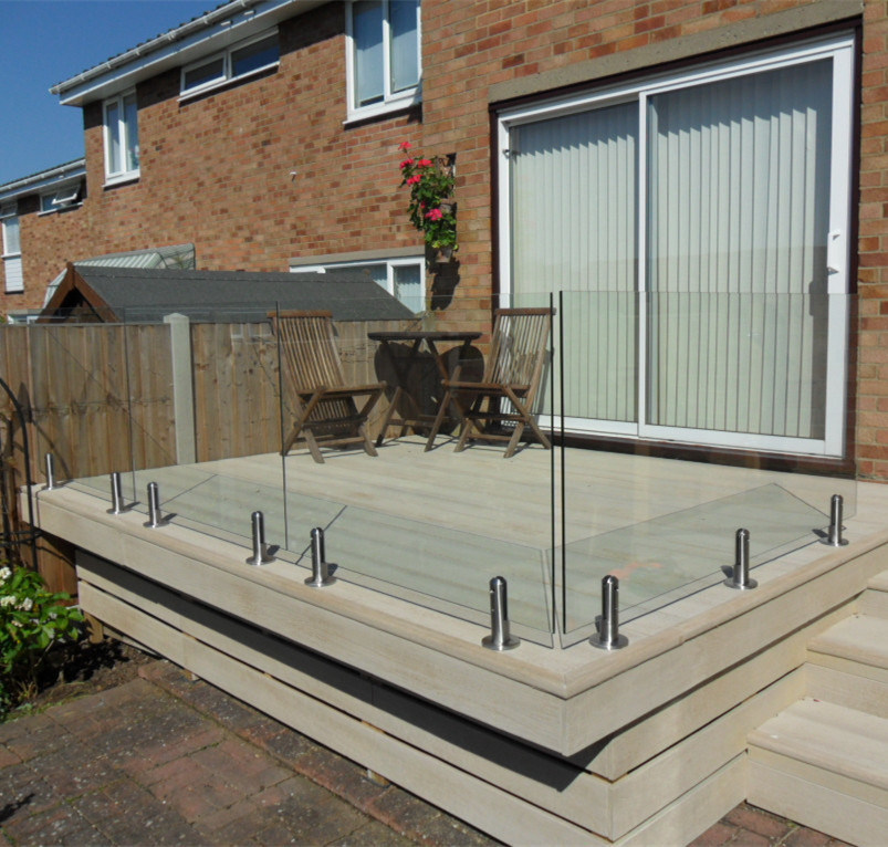 China Individual Home Balcony Terrace Stainless Steel Design Glass