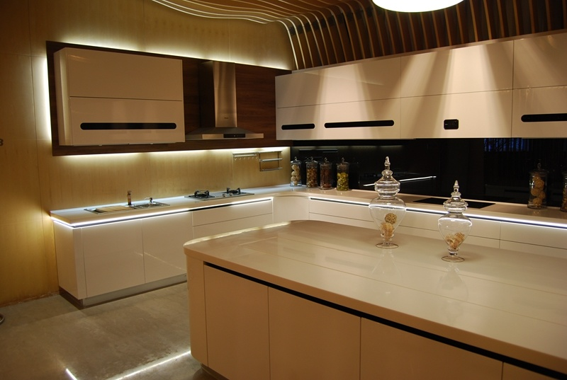 Professional Modern Kitchen Cabinet Designs pictures & photos