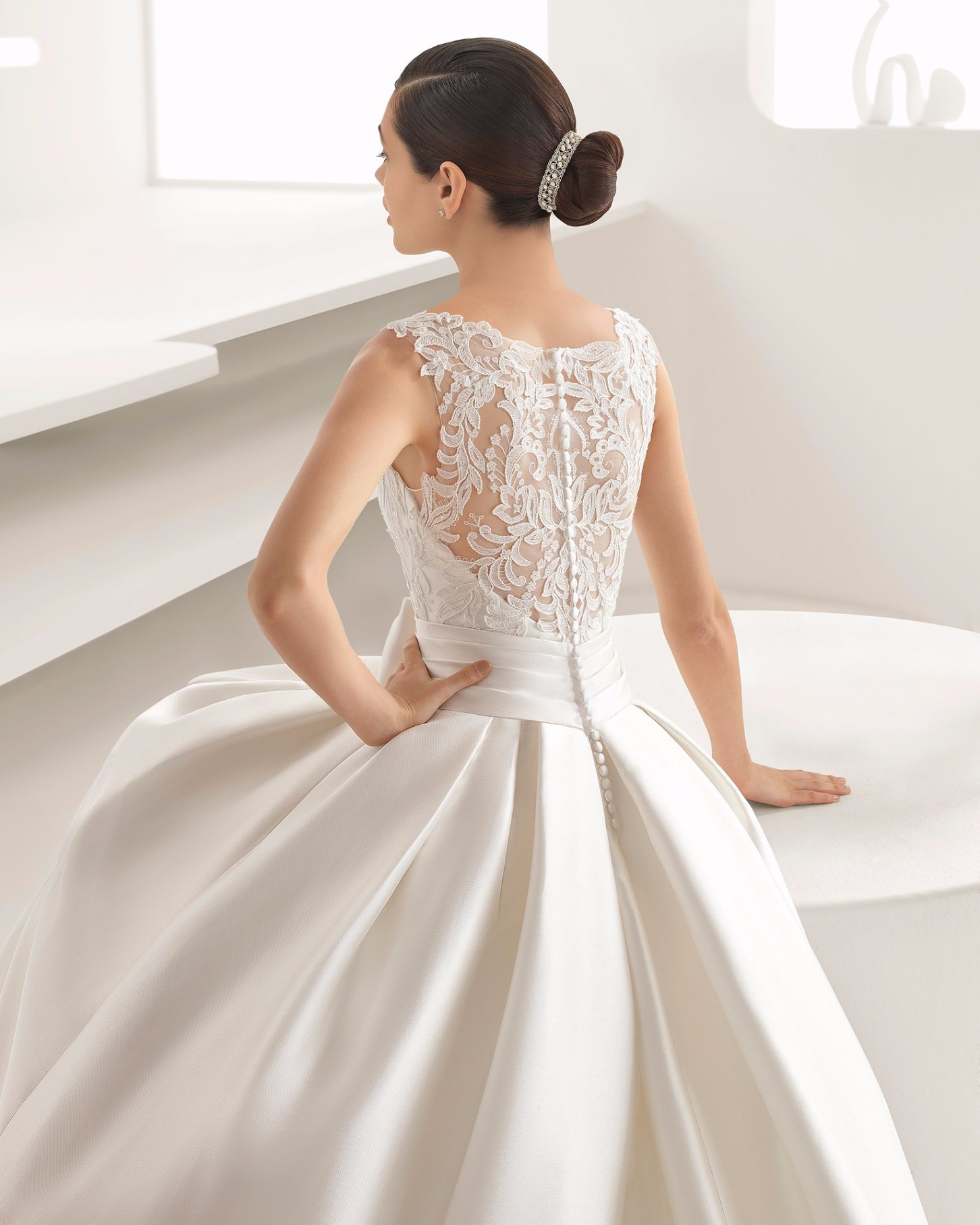 China Lace Top Pleat Belt With Bow Pocket Satin Ball Gown