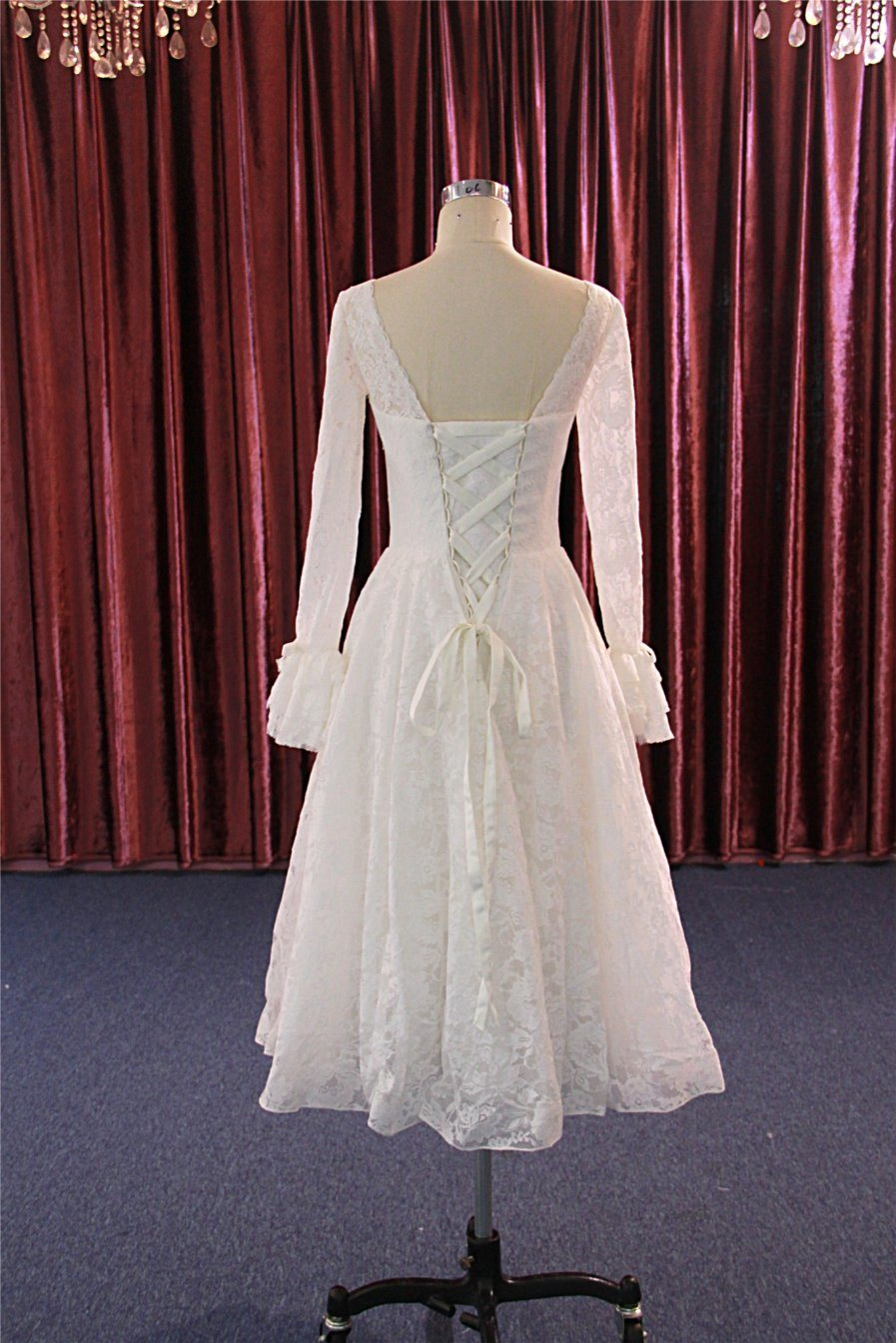 China Mid Calf Square Neck Short Lace Gowns Long Sleeve Wedding