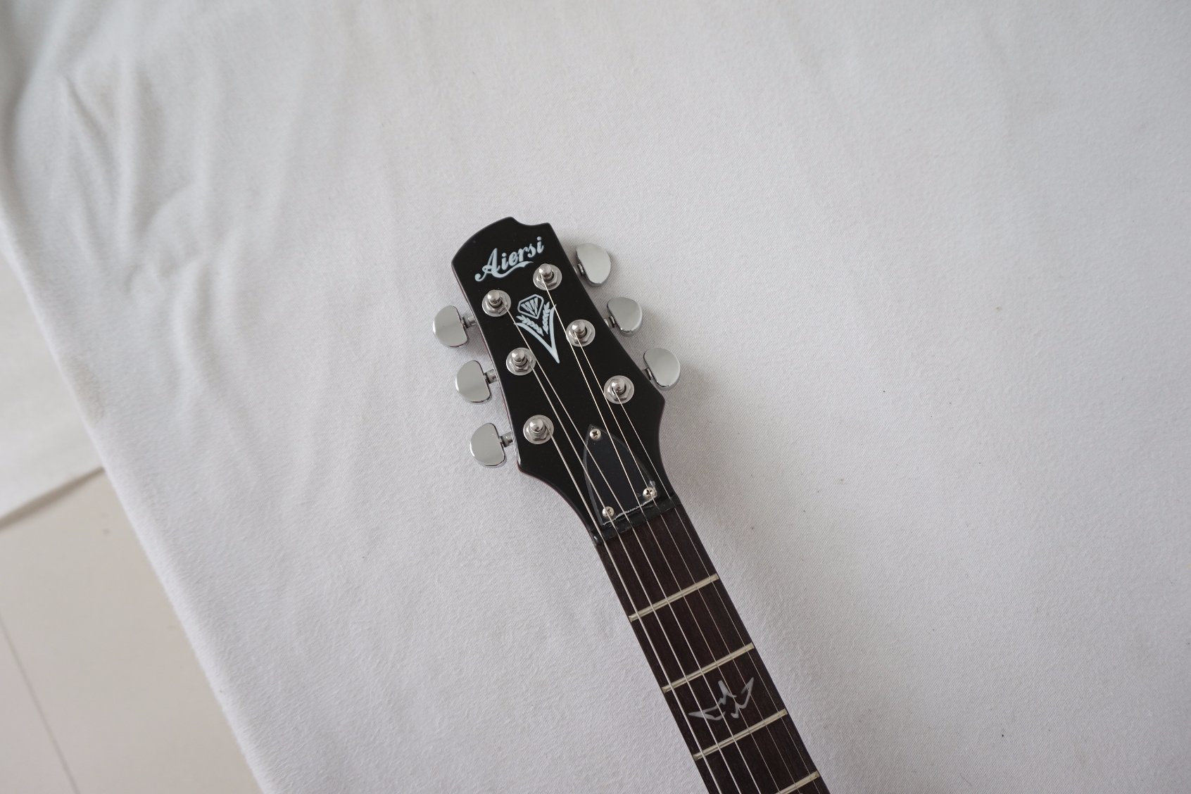 China Aiersi Electric Guitar With Parts Photos Pictures