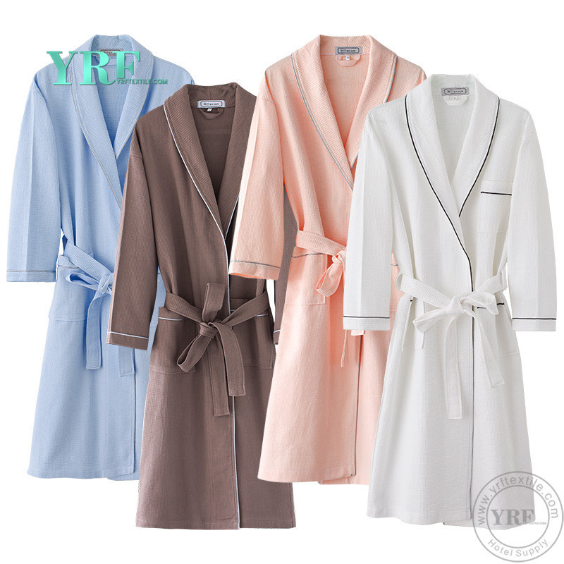 China Yrf Hotel Bathrobe Hotel Linen 100% Cotton Bathrobe - China Bathrobe 2e6e61873