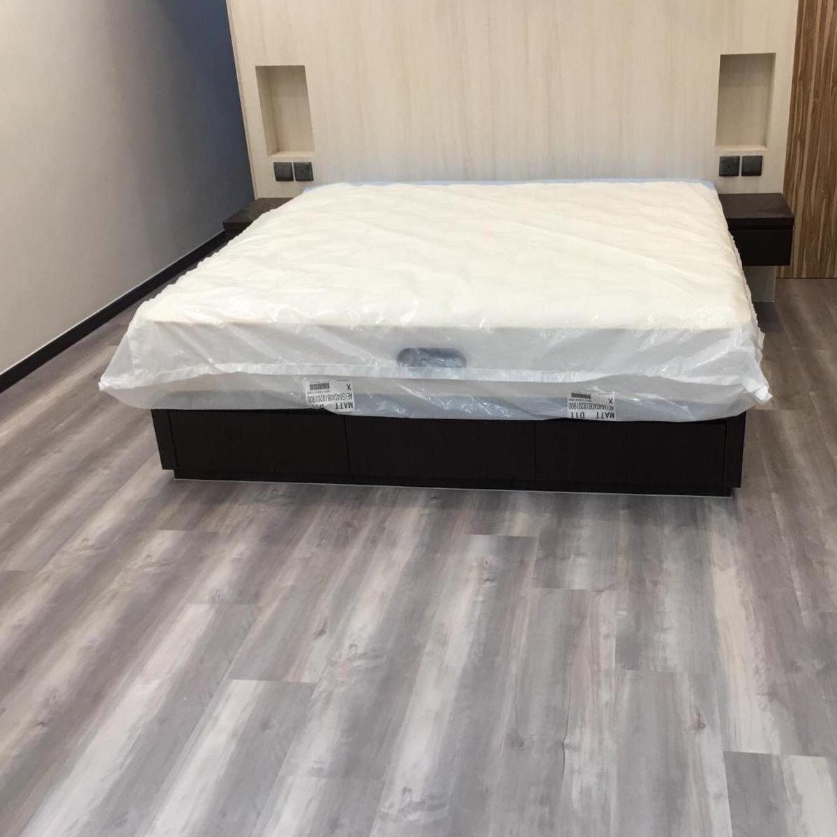 Vinyl Plank Grey Laminate Flooring