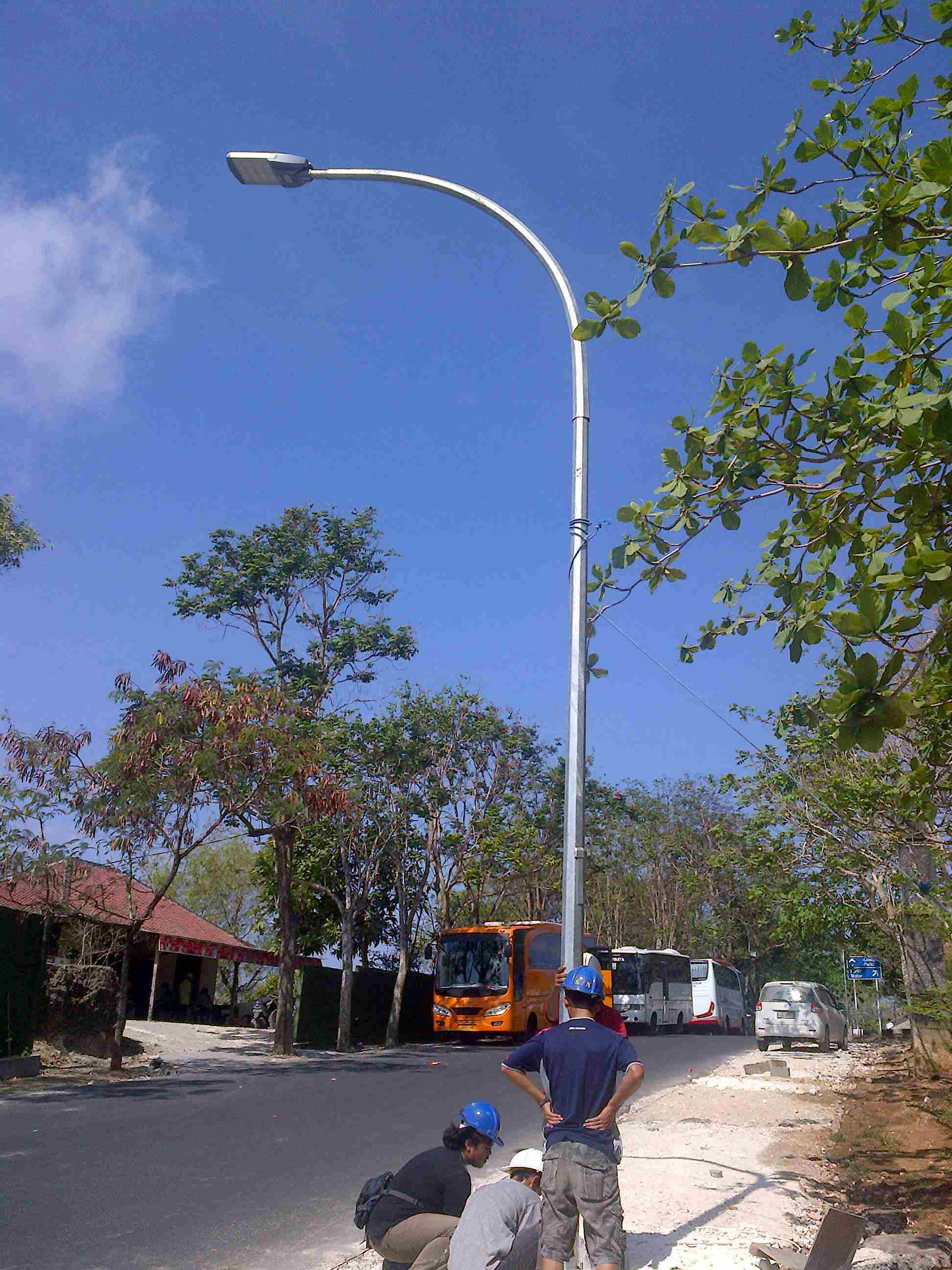 High Brightness 35W Solar LED Street Lamp with Solar Panel