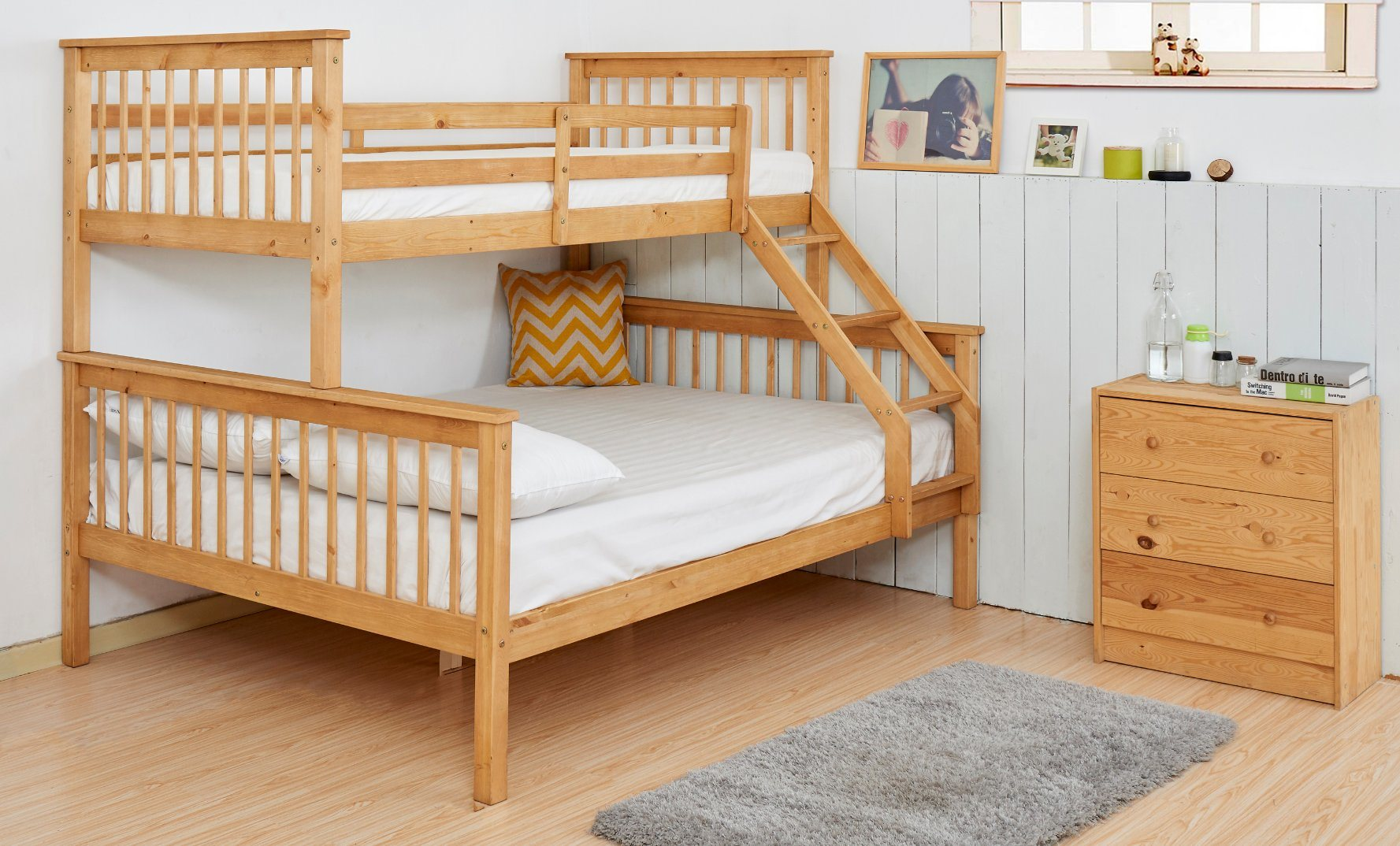 Picture of: China K1532 High Quality Solid Wood Triple Bunk Bed For Kids China Bunk Bed Triple Bed