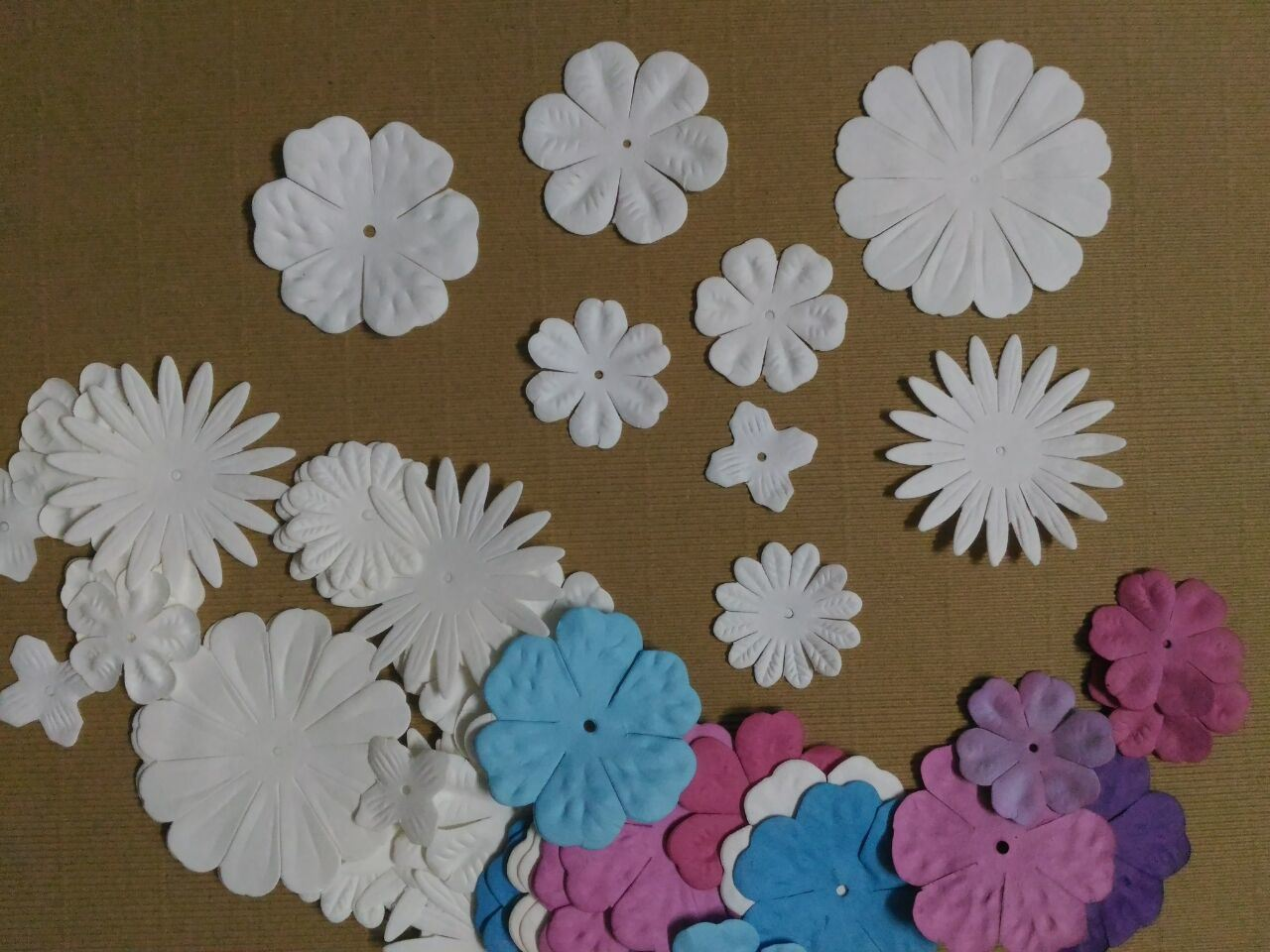 China Brads For Scrapbooking Embellishment Set Colorful Paper Flower