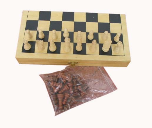 China 2014 New and Popular Wooden Chess Game Toy for Kids