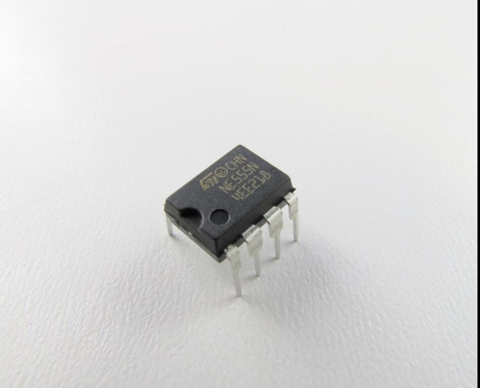 2 x lm555cn Timer IC NS dip-8 2pcs
