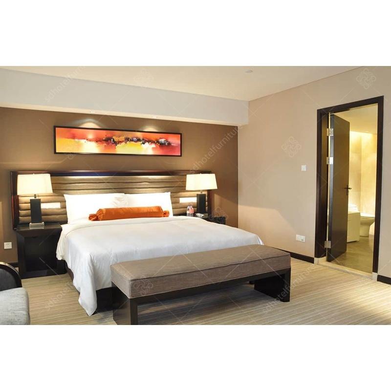 [Hot Item] Wooden Modern Style Bedroom Set of Hotel Furniture for Sale