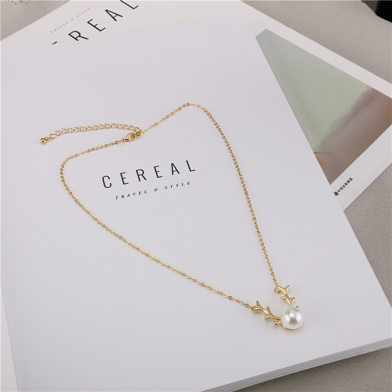 China 2018 New Pearl Necklace Gold Plated Simple Short Clavicle