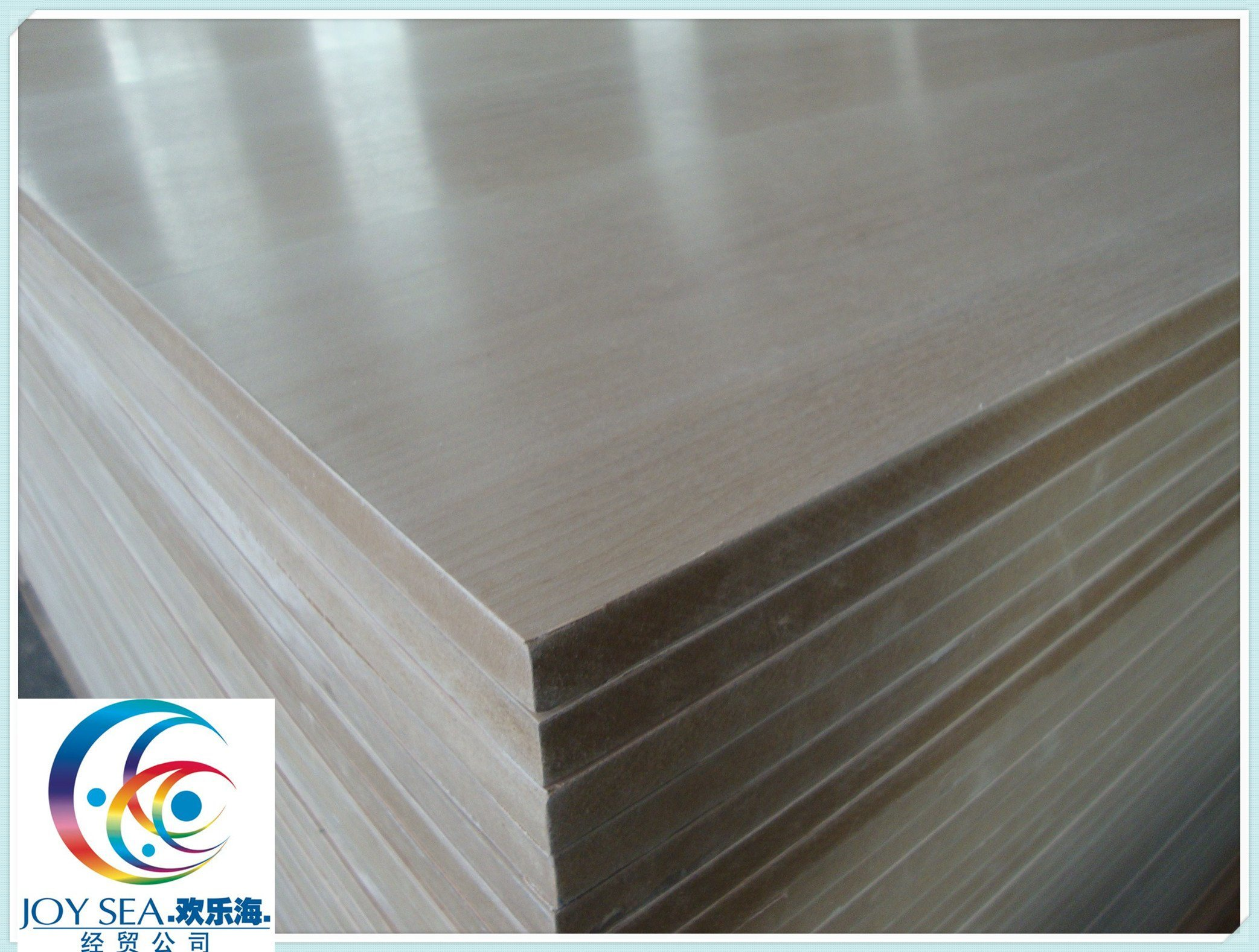 Veneer Laminated Medium Fiberboard for Making Shelf Furniture pictures & photos