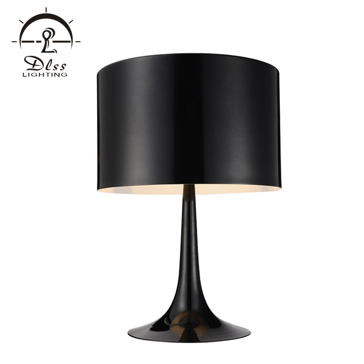 Modern Black White Colors Metal Material E27 Table Lamp