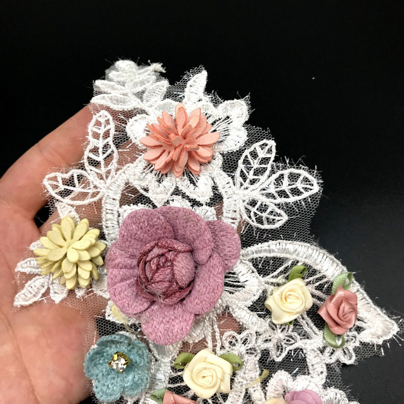China Diy Wedding Dress Collar Lace Flower Embroidery Patch