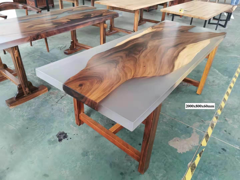 China Live Edge Epoxy Resin Slab Table Natural Edge Slab Table One Piece Resin Wood Slab Single Piece Resin Wood Table China Table One Piece